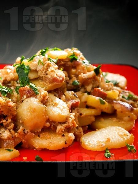 Фермерски омлет с картофи и бекон - снимка на рецептата